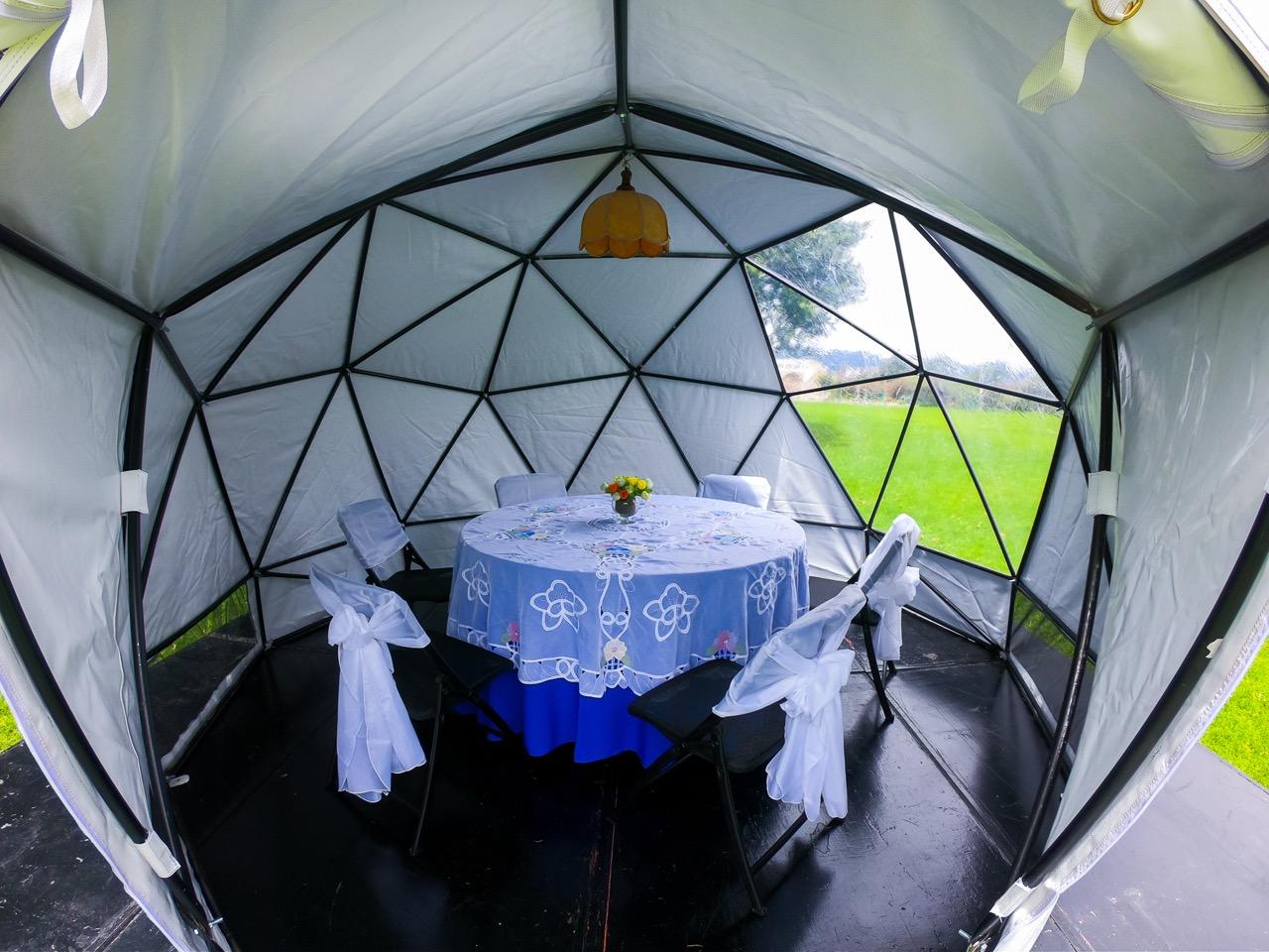 Interior Domo Geodésico en PVC